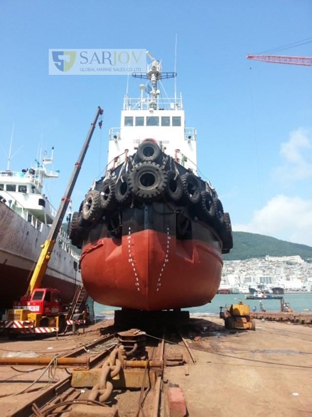 TUG BOAT BUILT : 1982 IN JAPAN LAST SURVEY : 05 AUG 2013 GRT : 266 TON NET : 124 TON LOA x L x B x D : 36.10 x 33.81 x 9.20 x 4.00 M FULL DRAFT : 3.685 M BOLLARD PULL : 33 TON M/E : HAMSHIN 6LUN28AG-D 1300PS x 350RPM x 2SET GENERATORS : YANMAR 6KFL-T 180PS x 1200RPM x 2SET KIND OF SHAFTING : FPP IN NOZZLE (KORT NOZZLE) HYDRAULIC CLUTCH OF M/E : MN900 x 2 SPEED : 11 KNOT F.O TANK CAPACITY : 258.95 L.O TANK CAPACITY : 14.01 BALLAST WATER TANK CAPACITY : 80.34 FRESH WATER TANK CAPACITY : 40.22 OTHER TANK CAPACITY : 2.46 F.O/M.D.O CONSUMPTION (DAY) : 6TON/0.2TON PRICE : USD 780,000