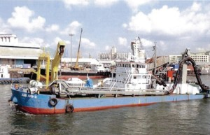4500 m3  Self Propelled Sand Pump and Loading Dredger for Sale