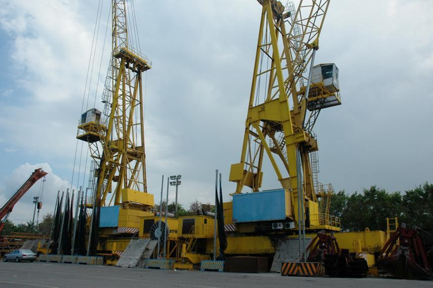Harbor Cranes for Sale